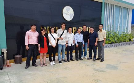 THE JAPANESE BUSINESS DELEGATION VISITED THE FACTORY.